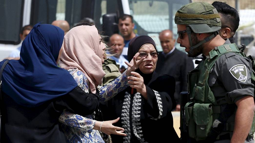 Dos palestinos mueren tiroteados tras intentar atacar a agentes israelíes en Kalandia