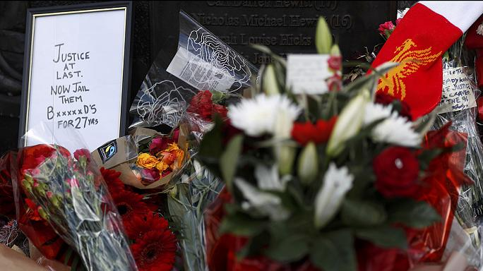 Felfüggesztettek egy rendőri vezetőt a Hillsborough-tragédia miatt