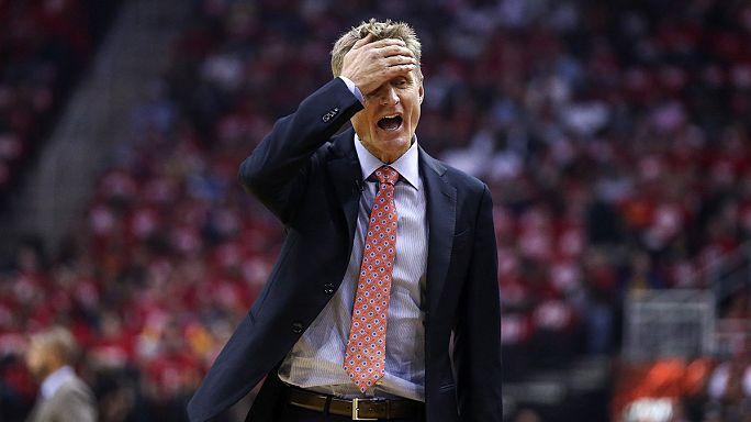 """Рулевой """"Голден Стейта"""" Стив Керр - лучший тренер сезона в НБА"""