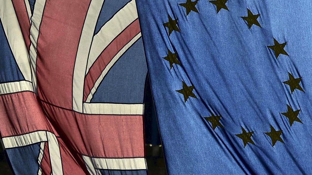 """OCDE diz que """"Brexit"""" seria como um imposto para os britânicos"""