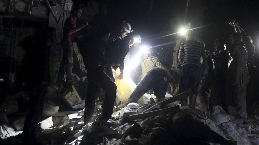 Aleppói kórházat bombáztak a szíriai kormányerők