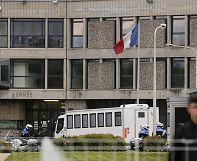 Paris attacks suspect Abdelslam at high-security Paris prison