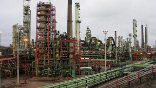 Cours du pétrole : la Banque mondiale revoit à la hausse ses prévisions pour 2016