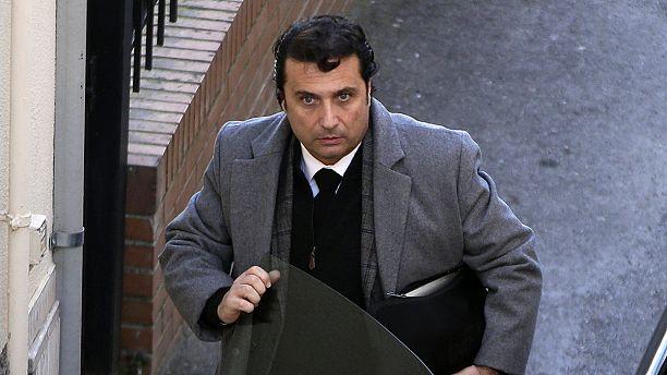 """Itália: Schettino """"o capitão cobarde"""" julgado em apelação"""