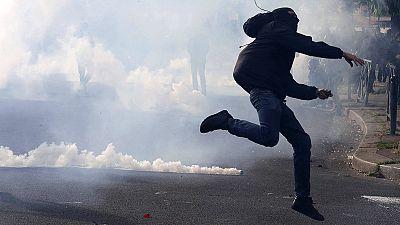 Confrontos e protestos contra reforma laboral em França