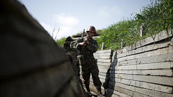 مقتل جندي إنفصالي أرميني وإصابة عدد من المدنيين الأذريين بتبادل النيران بين طرفي الصراع باقليم ناغورني كراباخ