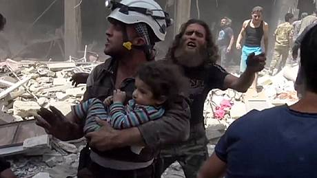 Aleppo – six days of air strikes kill an estimated 200 people