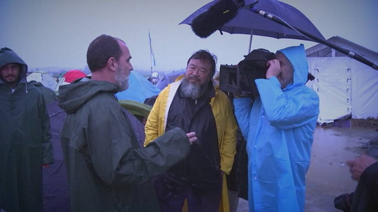Ai Weiwei promises documentary to follow refugee shows