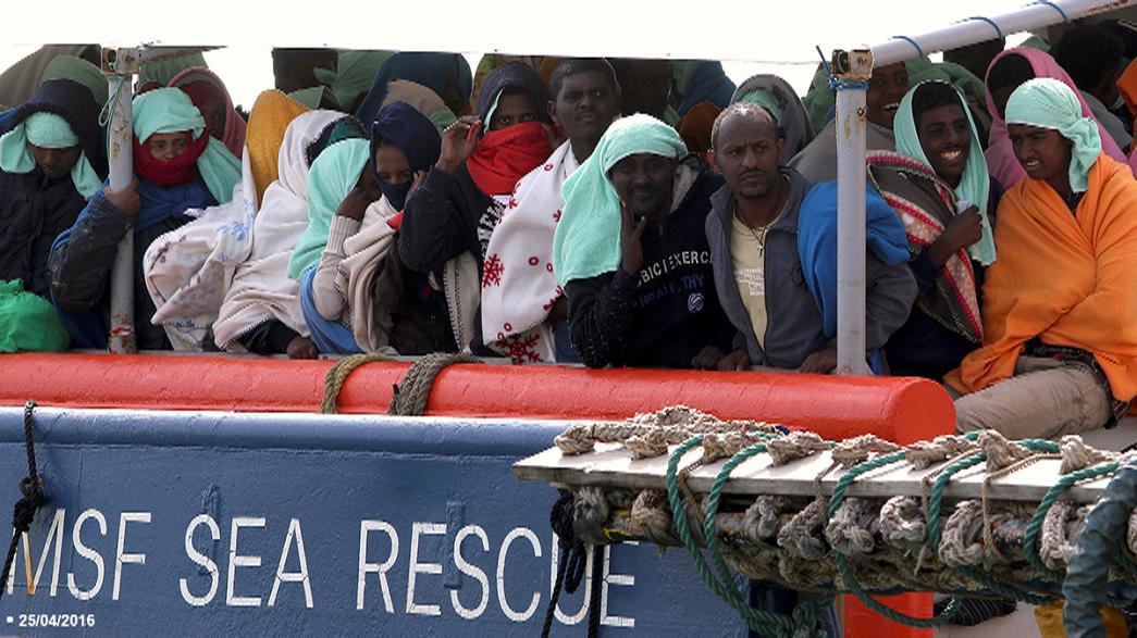 Berlin and Vienna pressure Rome to take responsibility for migrants