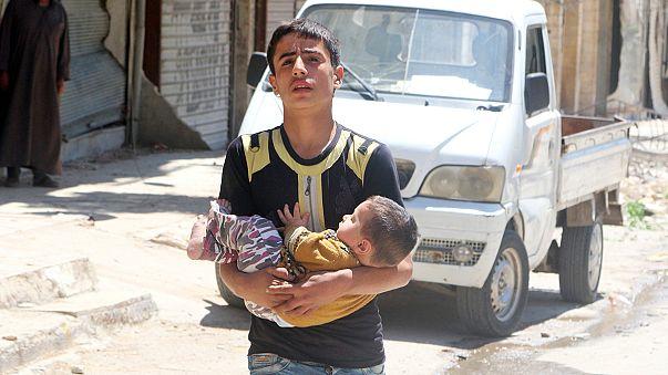 """Сирия: кровопролитие в Алеппо, """"режим тишины"""" в Латакии и под Дамаском"""