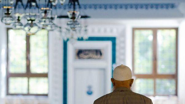 A mecsetek állami felügyeletét sürgeti Merkel párttársa
