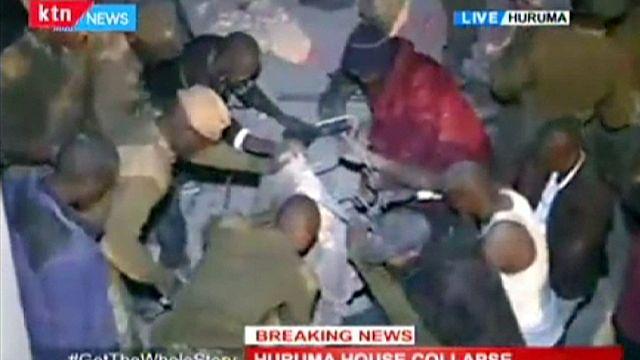 Nairobi'de altı katlı bina yıkıldı