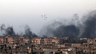 حملات هوایی روز جمعه در حلب؛ ۳۰ کشته و ده ها زخمی