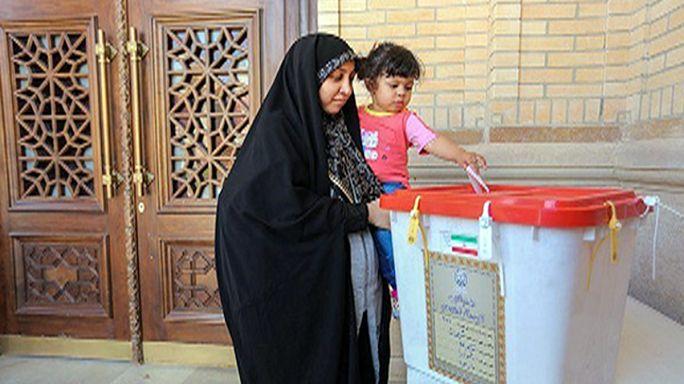 Az iráni reformisták győztek a választás második fordulójában