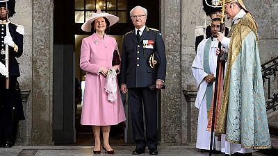 Miles de suecos festejan el 70 aniversarios del rey Carlos XVI Gustavo de Suecia