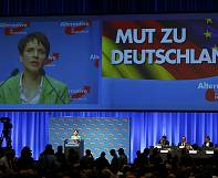 Hundreds arrested as German anti-immigrant AfD party congress begins