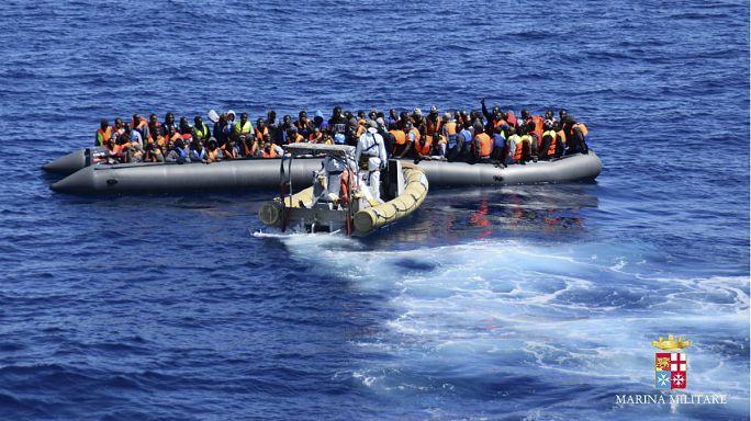 السلطات الايطالية تنقذ ستة وعشرين لاجئا من الغرق