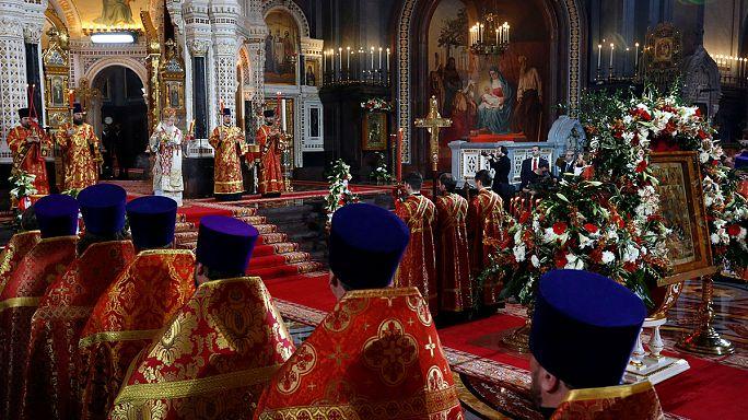برگزاری مراسم شب عید پاک مسیحیان ارتودوکس در روسیه