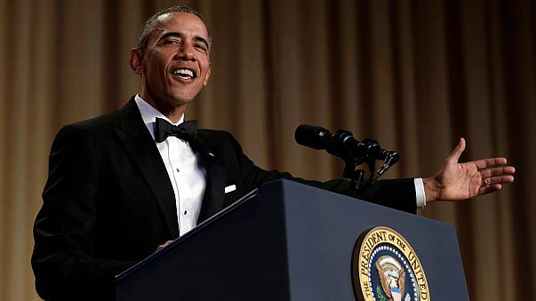 Correspondentes despedem-se de Barack Obama em jantar anual recheado de comédia
