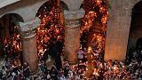 Von Kerze zu Kerze: Feuerwunder in der Jerusalemer Grabeskirche
