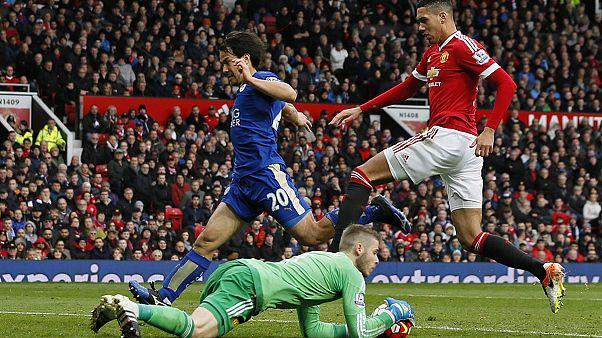 Leicester empata em Old Trafford mas continua a sonhar