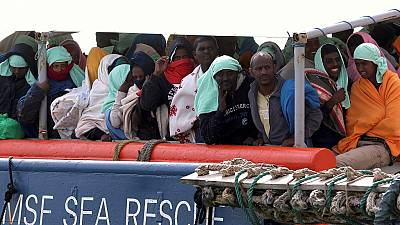 Over 450 rescued migrants arrive at Italian port of Pozzallo