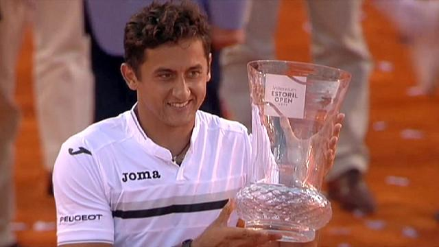 Almagro wins Estoril Open to end four-year title drought