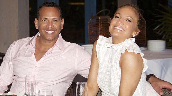 A-Rod & J.Lo at a restaurant