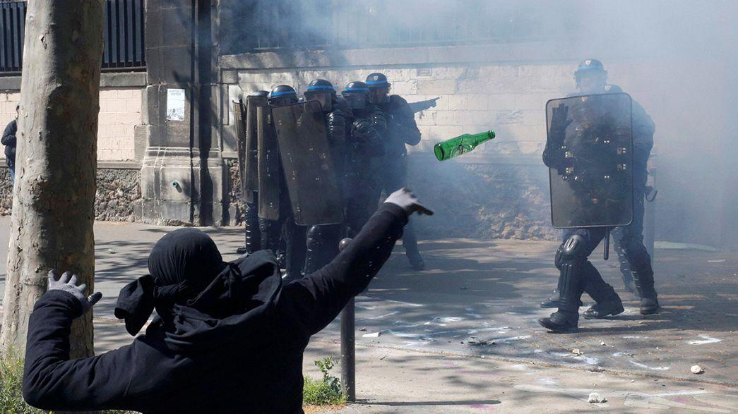 Paris'te 1 Mayıs'a şiddet karıştı