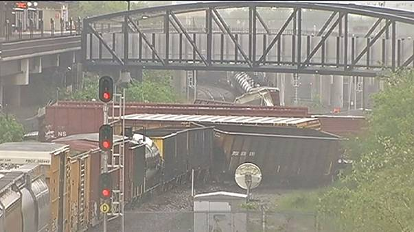 Comboio com soda cáustica descarrilou em Washington