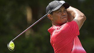 """Golfe: Woods já treina mas tem """"um longo caminho a percorrer"""" antes de voltar a competir"""