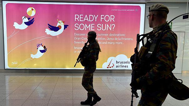 Zaventem Havaalanı'nda ilk gün uzun kuyruklar oluştu