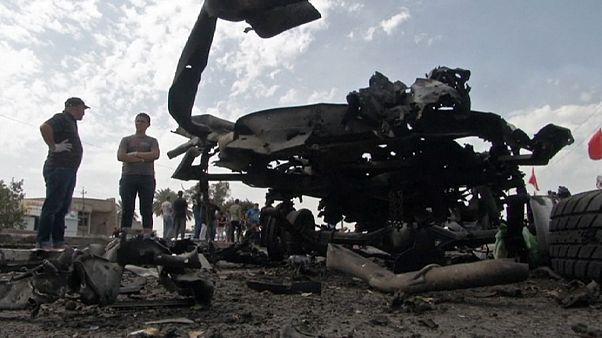 Shi'ite pilgrims killed in triple Baghdad bomb blasts
