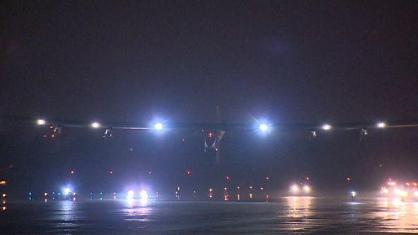 Solar Impulse летит из Калифорнии в Аризону