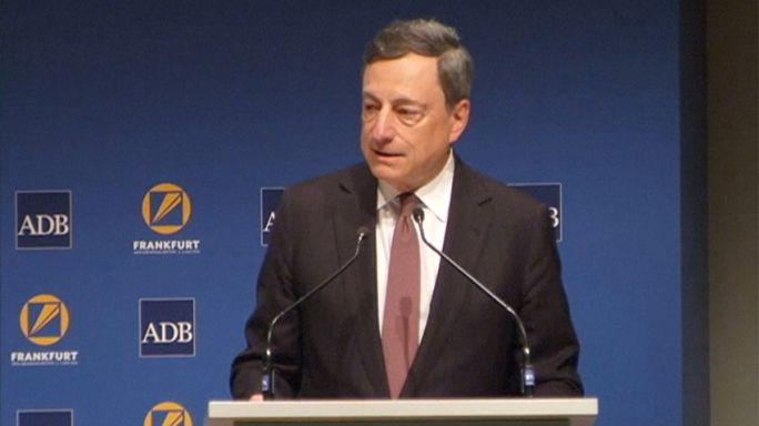 دراغي يدافع عن سياسة البنك المركزي الأوربي النقدية