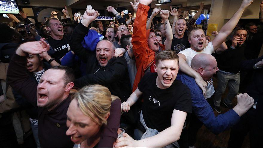 İngiltere'de şampiyon Leicester City tarih yazdı