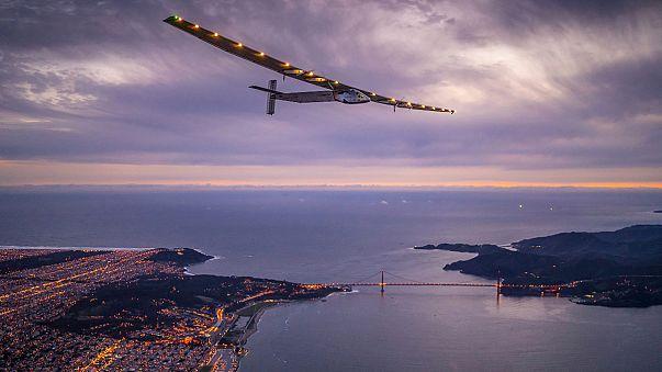 """El """"Solar Impulse II"""" completa su décima etapa, desde San Francisco hasta Arizona"""