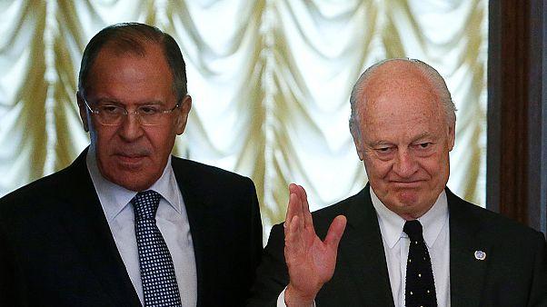 """De Mistura et Lavrov esperan anunciar un alto el fuego en Alepo en """"las próximas horas"""""""