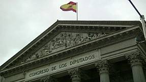 King of Spain dissolves parliament