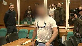 Posta foto con teste decapitate, jihadista tedesco accusato di crimini di guerra