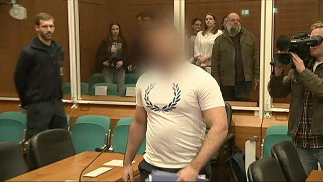 """Le premier procès en Allemagne pour """"crime de guerre"""" d'un présumé djihadiste"""