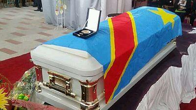 La cérémonie d'inhumation de Papa Wemba