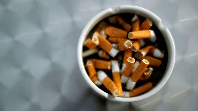 Les paquets de cigarettes neutres confirmés en Europe
