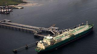 Nigeria : début de la production pétrolière à Lagos