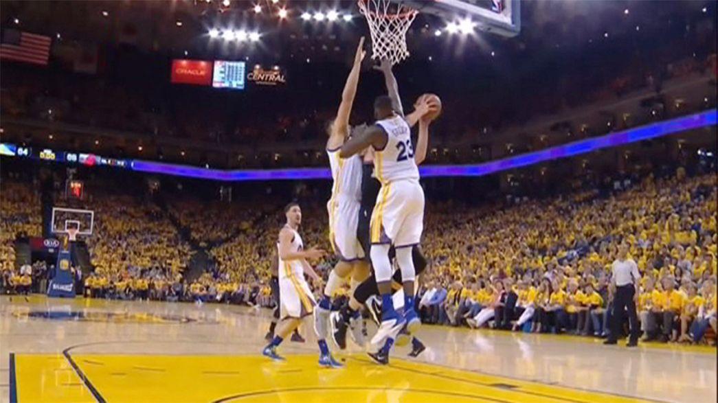 Golden State Warriors seride 2-0 öne geçti