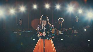 المغنية الألمانية الشابة جيمي لي كريفيتز تمثل بلدها في اليوروفجين