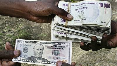 Zimbabwe limits bank withdrawals amid 'cash squeeze'