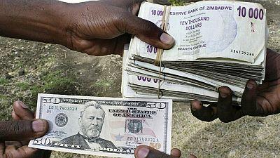 Zimbabwe : les banques plafonnent les retraits à 1000 dollars