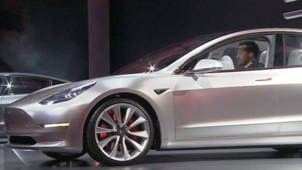 Tesla acelera produção a pensar numa boa resposta à procura do Modelo 3