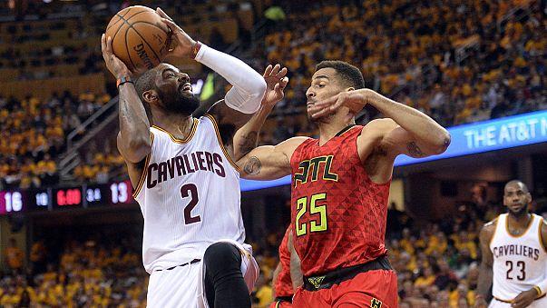 NBA: Cavs derrotam Atlanta Hawks e batem recorde de triplos